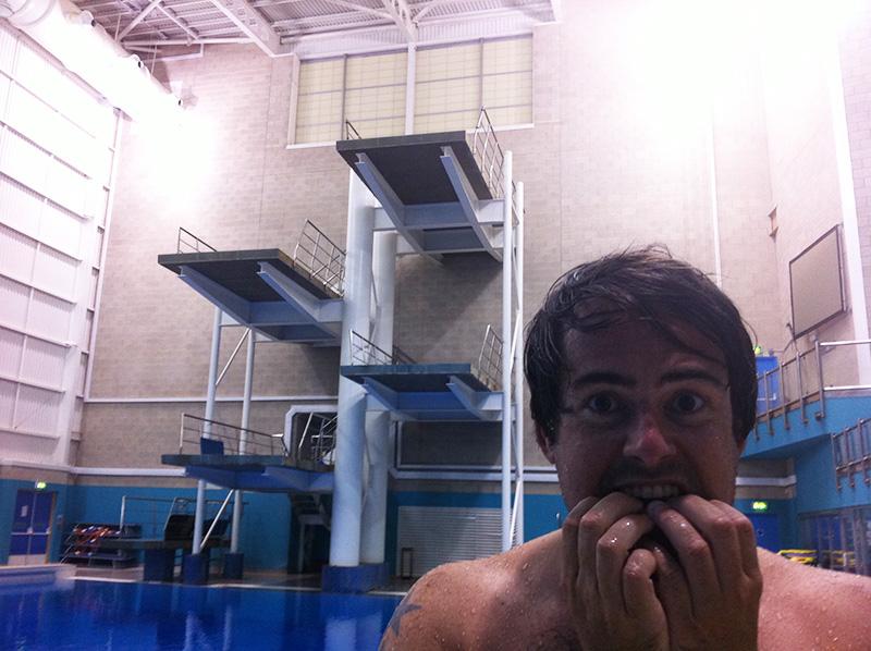 guy-diving1